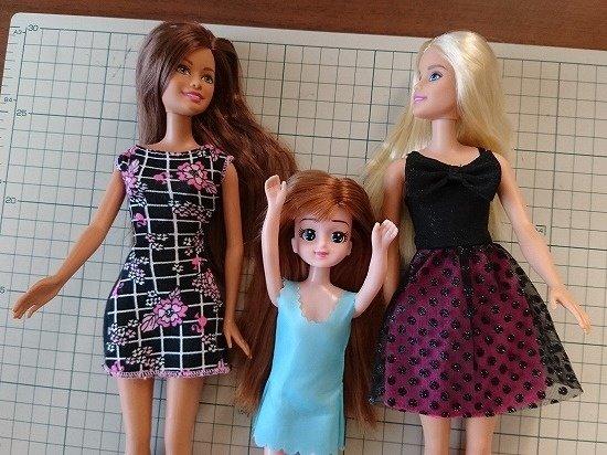 バービー人形とエリーちゃん 比較