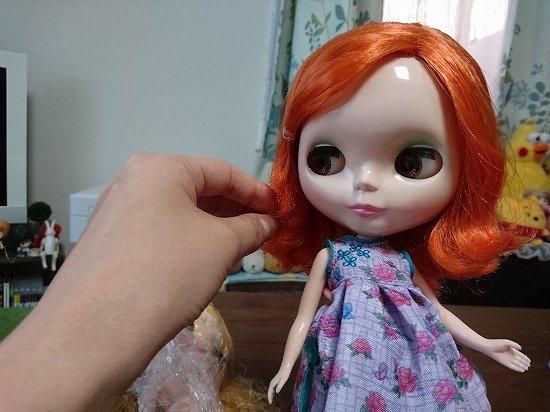 【ネオブライス】ジリアンズドリームの髪をシャンプー