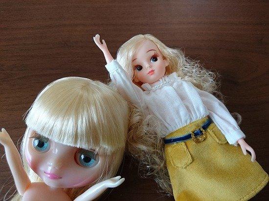 ミディブライスと復刻版初代リカちゃん ボディ比較 服